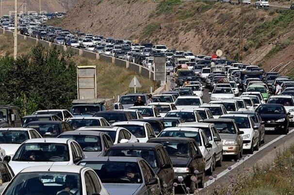 ترافیک در محور تهران-لواسانات سنگین است