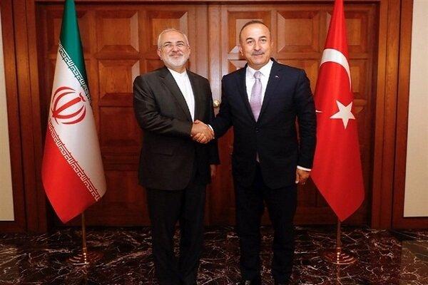 ظريف: نأمل أن تمضي العلاقات مع تركيا قدما في الاطر الاستراتيجية