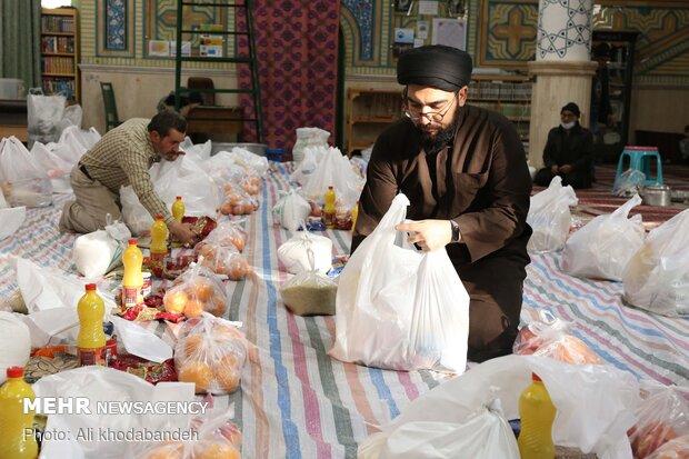 توزیع بستههای معیشتی در قزوین