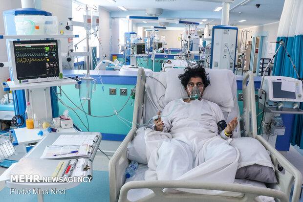 لحظه تحویل در بخش آی سیو ریه در بیمارستان امام رضا