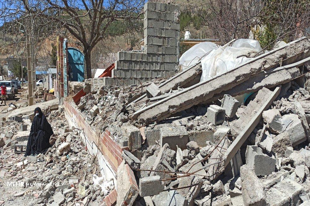 ۶۲ میلیارد تومان بلاعوض به زلزلهزدگان سیسخت پرداخت شد