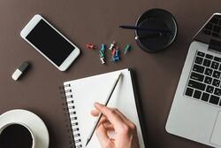 نگارش با قلم و کاغذ به جای تایپ به حفظ  و درک مطلب کمک میکند