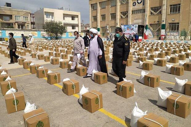 ۲۵۰۰ بسته معیشتی در بین نیازمندان سرپل ذهاب توزیع شد