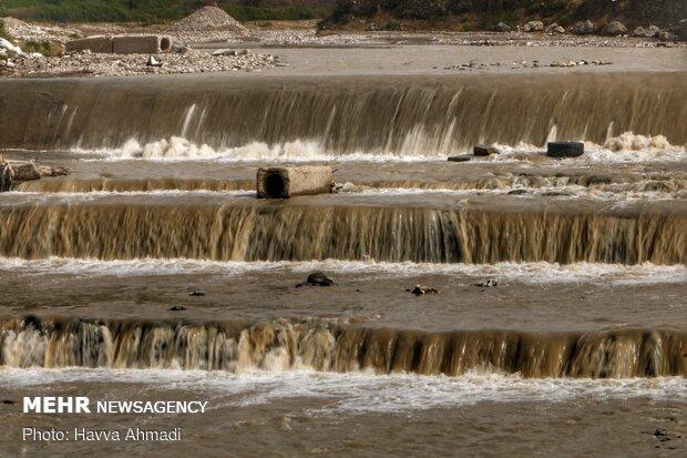 رودخانه تالار