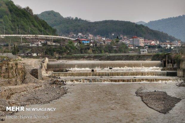 نمای رودخانه تالار و شهر شیرگاه