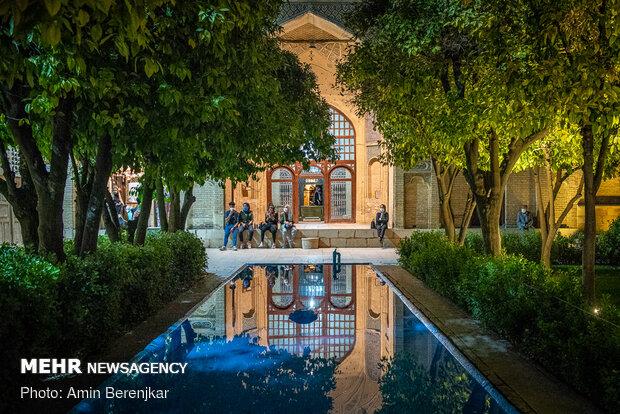 Tombs of Sa'di, Hafez during Nowruz holidays