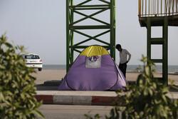 بندر عباس کے سواحل پر مسافروں کے لئے خیمہ لگا دیئے گئے