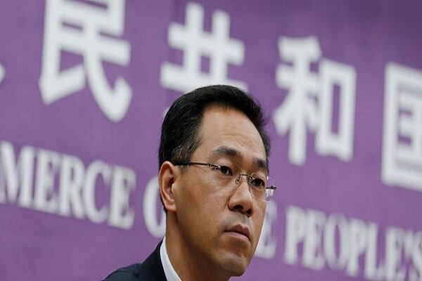Beijing says will safeguard Iran oil deal, defend mutual ties