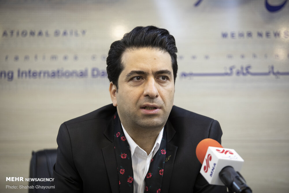 محمد معتمدی «چلهنشین» را خواند/ نماهنگی با فضای اربعین حسینی