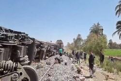 Mısır'da iki tren çarpıştı: 32 ölü