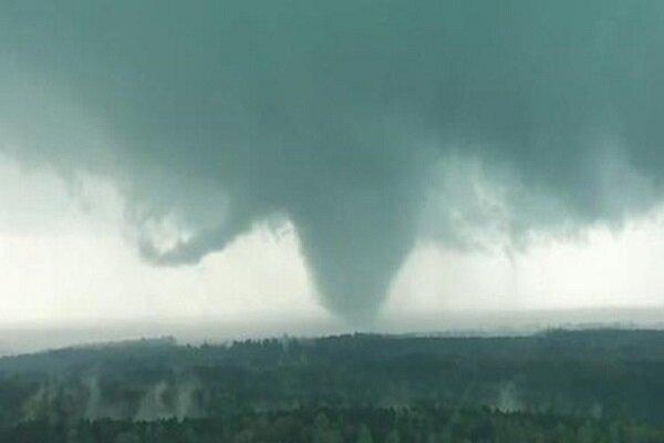 VIDEO: Tornado in Alabama leaves five people dead