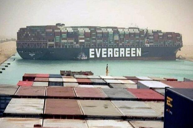 نہر سوئز میں پھنسے ہوئے مال بردار بحری جہاز نکال لیا گیا