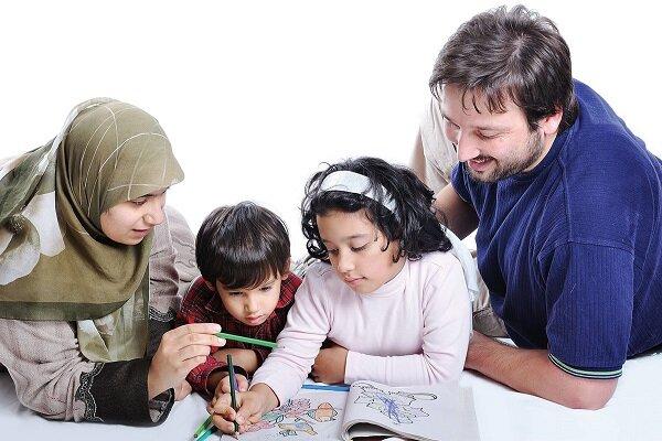 مشوقهای فرزندآوری برای مادران و پدران شاغل در قانون جوانی جمعیت/ کاهش سن بازنشستگی مادران