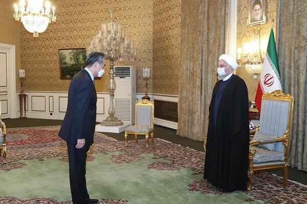 Cumhurbaşkanı Ruhani, Çin Dışişleri Bakanı'nı kabul etti