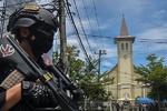 انڈونیشیا میں گرجا گھر کے باہر ہونے والے 2 خودکش حملوں میں 2 افراد ہلاک