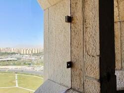 ترکهای جدید روی بدنه برج آزادی/ احتمال تاثیر شلیک توپ تحویل سال