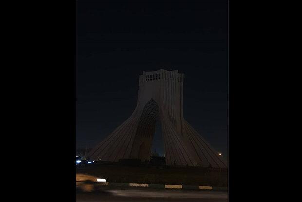 Tehran Azadi Tower goes dark at Earth Hour