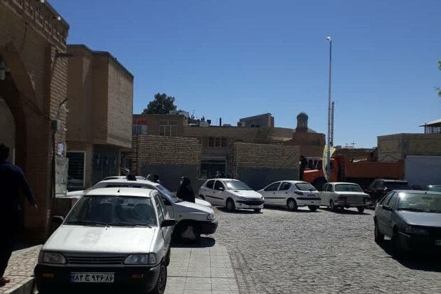 خطر برهم خوردن منظر فرهنگی مسجد امام(ره) سمنان وجود دارد