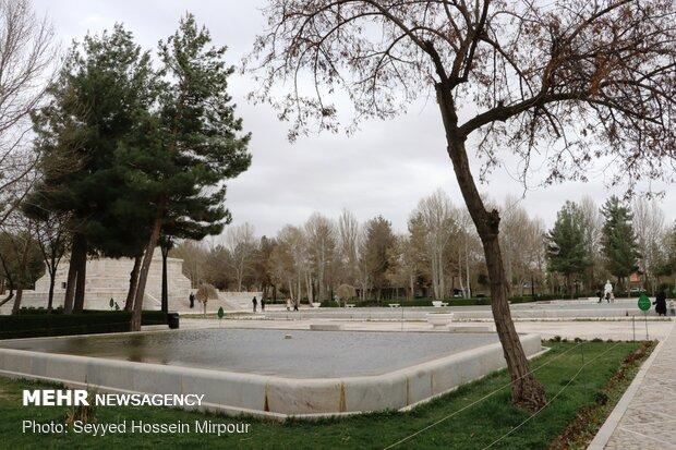 حال و هوای آرامگاه فردوسی در ایام نوروز