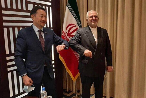 ظريف يلتقي بالسكرتير التنفيذي لمؤتمر سيكا في طاجيكستان