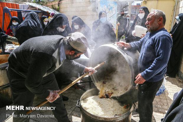 طبخ و توزیع 72 دیگ غذای نذری در روز میلاد امام زمان (عج)