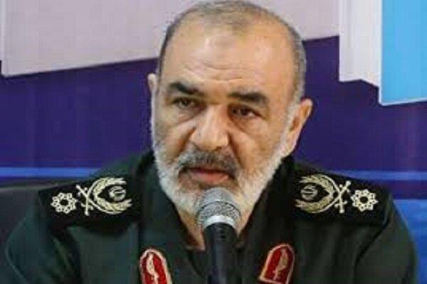 سرلشکر سلامی صعود فجر سپاسی شیراز به لیگ برتر فوتبال را تبریک گفت