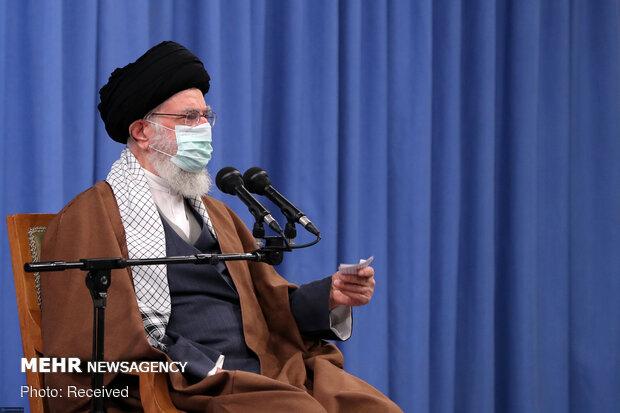 Ayetullah Hamanei'den İslam Devrimi değerlerinin önemine vurgu