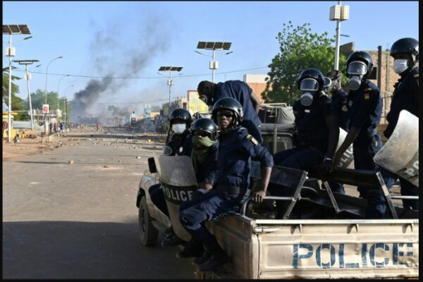 Several arrested after coup attempt foiled in Niger