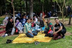 قم میں یوم ماحولیات کے موقع پر عوام کا پارکوں میں حضور