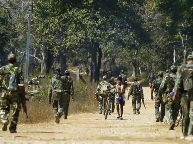 بھارت میں ماؤ نواز باغیوں کے حملوں میں 22 فوجی اہلکار ہلاک