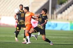 دیدار تیم های فوتبال سایپا و سپاهان
