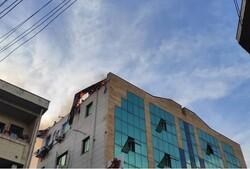 آتش سوزی مجتمع پزشکان در چهار راه گلسار رشت