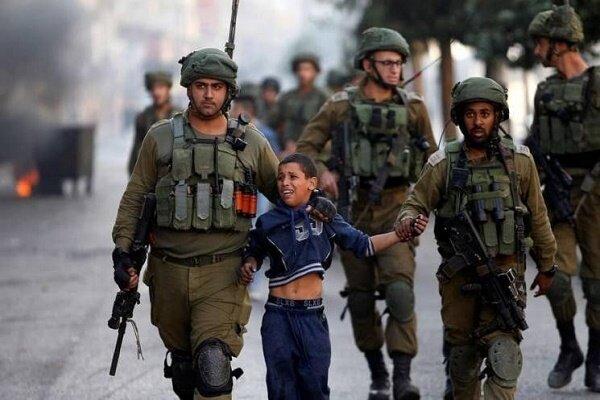 Сионисты за 20 лет арестовали более 16 000 палестинских детей