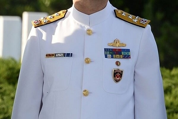 Türkiye'de çok sayıda amiralin lojman hakları iptal edildi