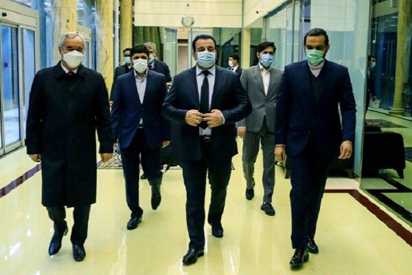 Tacikistan Savunma Bakanı İran'da