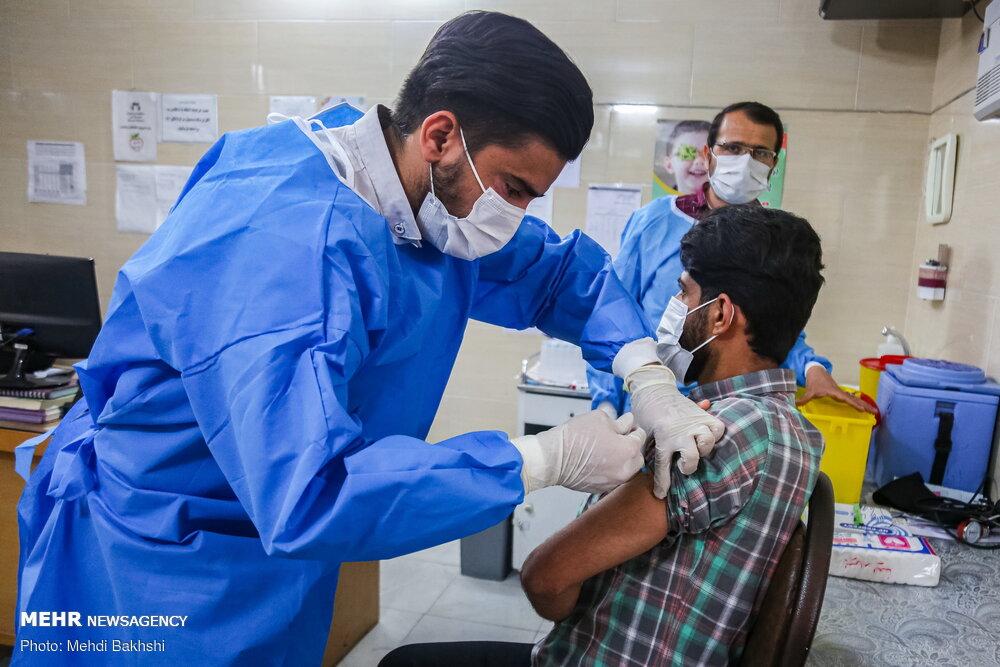 چند درصد ایرانیها واکسن کرونا زدهاند/ فاز دوم واکسیناسیون