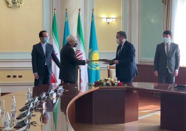 Iranian, Kazakh FMs sign cooperation plan