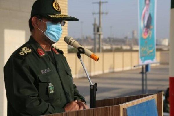 الحرس الثوري الإيراني وقوات الجيش تراقب أي حركة معادية في الخليج الفارسي