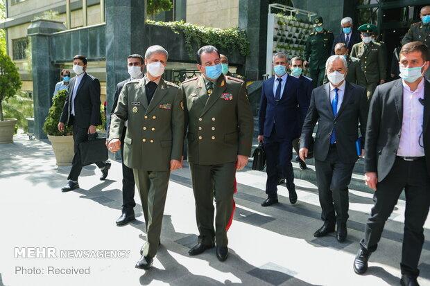 Iranian, Tajik defense ministers meeting