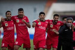 برسبوليس يستعيد صدارة الدوري الإيراني مجددا