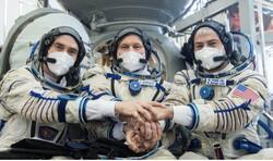 ٣ فضانورد ٣ ساعته به ایستگاه فضایی رسیدند