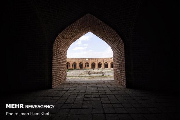 کاروانسرای تاج آباد - همدان