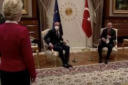 ترکیه قرارداد ۸۳ میلیون دلاری خود با ایتالیا را تعلیق کرد