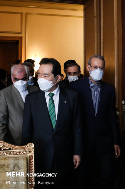 Leader advisor, S Korea PM hold meeting