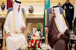 امیر قطر تلفنی با پادشاه عربستان گفتگو کرد
