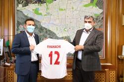 پیراهن شماره ۱۲ تیم ملی به اسم شهردار تهران