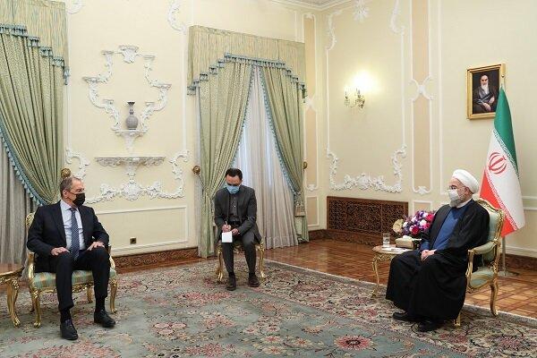 Ruhani, Rusya Dışişleri Bakanı Lavrov'u kabul etti
