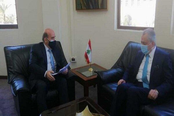 وزير الخارجية اللبناني يجري حوارا مع السفير السوري حول العلاقات الثنائية بين البلدين