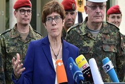 آلمان نظامیانش را تا اواسط آگوست از افغانستان خارج میکند