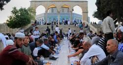 صهیونیستها از ورود طعام روزه داران به مسجدالاقصی جلوگیری کردند